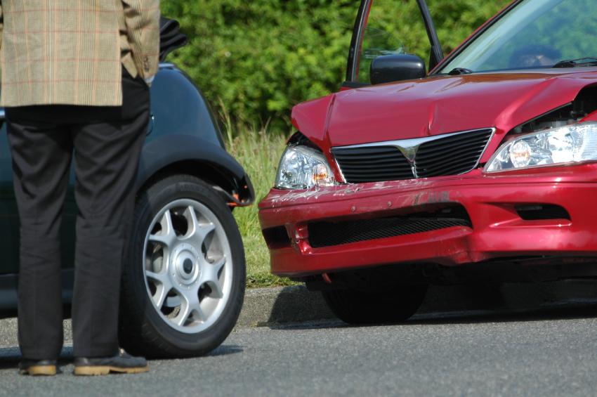 car-accident-3397879